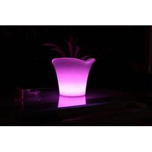 Macetero luminoso LED 42x42x32 de Pools and Tools